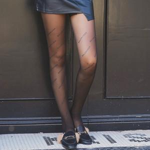 Strümpfe Lady Fashion Englisch Brief Personality Durchlässiger Leggings Sexy Anti-Haken Strümpfe Neue Fabrik Großhandel