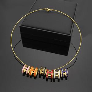 Новое прибытие мода Леди 316L титана стали 18K позолоченный Золотой воротник ожерелья с выдалбливают эмаль Стереоструктура H письмо кулон
