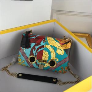 창조적 인 인쇄 가방 하이 엔드 휴대 전화 여성 화장품 가방 야외 나이트 클럽 파티 디자이너 핸드백 무료 배송