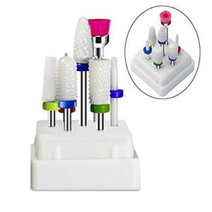 7 pièces Drill à ongles en céramique Set Bits Accessoires manucure perceuse électrique avec boîtier en acrylique Fraise Limes à ongles Outils Nail Art