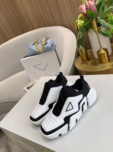 2020 hot new shoes men and women Cloudbust Thunder knit oversized women's shoes lightweight rubber sole 3D casual shoes jkm01