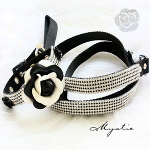 Free shipping dog collar leashes set black and white Classic Camellia bling bling Imitation diamonds pet necklace accessories