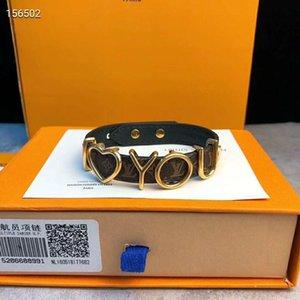 Men and women's fine titanium steel jewelry wholesale boutique fashion metal letter bracelet, with box