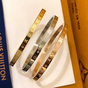 Trendy donne designer di gioielli bracciali bangles con quattro fiori foglia in acciaio inox gioielli braccialetto in argento oro 18 carati con scatola