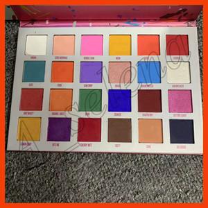 2019 marca de fábrica famosa de los ojos de maquillaje paleta de 24 colores de sombra de ojos paleta de sombra de ojos Pentagram estrella de cinco puntas por el epacket