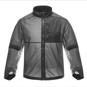 Jacket Men Verão Sunscreen bicicleta portátil Anti-UV pele Brasão Masculino Leve Fina Windbreaker roupa com capuz Raincoat