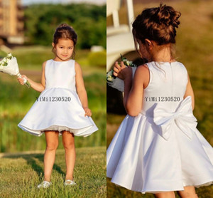 2019 lindos vestidos de niña de las flores para la boda Jewel Bow Short Child Vestidos de fiesta de cumpleaños Junior Bridesmaid Dress First Communion Wear