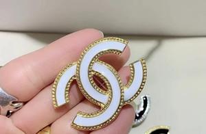 Cristallo Luxury Vintage Designer Lettera Donne Spilla Designer Suit accessori dei monili regalo per gli amanti spilla di moda