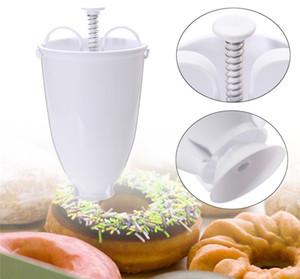 Stokta var!!! Plastik Donut Kalıp Donut Maker Makinası Dağıtıcı Mutfak Pasta Eşyası DIY Araçlar Ücretsiz nakliye yapma