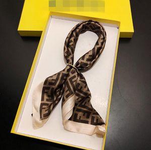 Lenço Acessórios presente Atividade Fashion Design Unixes Lenço de seda Moda Carta Big Marca pequeno lenço Variável