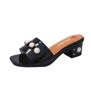 Hot Sale- Women Trendy High Heel Scuffs Slippers Breads Rivets Sandals Ladies Open Toes Middle Heels Summer Mules shoes