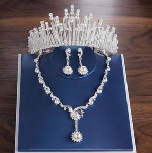 Partito più venduti Bridal Wedding Crown orecchini collana in tre pezzi Designer Pearl Crystal White partito fatto a mano squisito regalo + Box