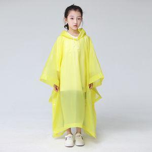Léger en plastique transparent Raincoat 5 jetables à usage unique couleur capuche Poncho pluie Manteau Grande Taille Le tour Rainwear Kids 4 2CJ E19