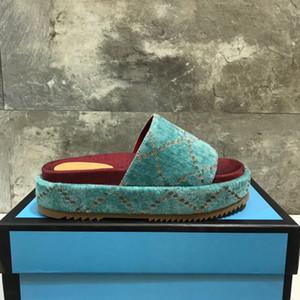 Vente chaude-lettres Femmes Designer Sandales D'été Wedge Haut Talon Plate-forme sandale Dames glisser pantoufle marque Fends Flip Flop de luxe Plage Chaussures
