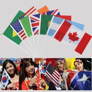 32pcs mano Coppa del Mondo Bandiere tenute con i polacchi Around The agitando la mano Mondiale delle Nazioni Banner creativo decorazioni del partito TTA1986-2