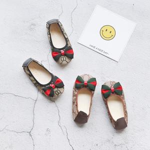 Moda Çocuk Kız Düz Ayakkabı Tasarımcısı Çocuk Rahat Yumuşak tabanlı Ayakkabılar Dikiş Desen Yay Bebek Kız Prenses Sneakers