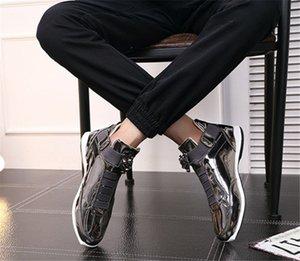 2019 Com Caixa nova tendência ao ar livre moda calçados esportivos masculinos maré vestido único, tapete vermelho preferido sapatos brilhantes dos homens selvagens