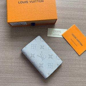 Wallet, uomini e donne, dei titolari delle carte, libri passaporto, vari stili di portafoglio tra cui scegliere, necessaria per uscire, V059