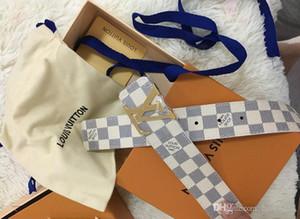 La última calidad de cinturón de los mejores y la hebilla de oro gran V con caja de 7,0 cm damas de la moda de lujo faja