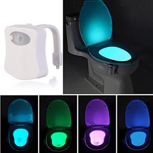 Smart LED PIR détecteur de mouvement Veilleuse toilettes corps activé par le mouvement Marche / Arrêt Siège lampe Capteur 8 Couleur PIR toilettes lampe de nuit lumière