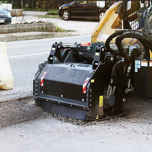 Cold milling machine for asphalt pavement Road construction machinery Flat milling