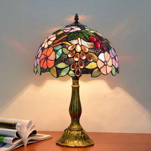 Tiffany manchado mesa de vidro luminária sala de estar quarto de cabeceira luz luminárias europeia retro uva deco lâmpada de mesa livre