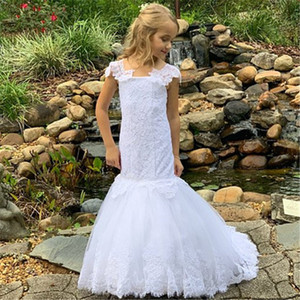 White Mermaid Flower Girl Dresses for Wedding Spaghetti Straps Lace Appliqued Mermaid Little Girls Dresses Party Communion Gown