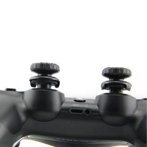 Sıcak Sat 2pcs / set Gamepad Düğmesi Koruyucu Konsol Joystick Yedek Parça Aksesuar İçin PS4 Kontrolörü