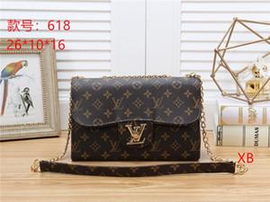Fashion Love heart V Wave Pattern Satchel Designer Handbag Shoulder Bags Chain Bag Crossbody Bags Purse Messenger bag Lady Tote bags AA618