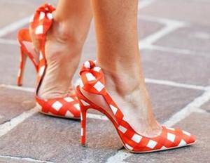 Sweety Voltar Bowtie embelezado Grade Salto Alto Vestido de casamento Sapatos mulher apontou dedo do pé slip-on meninas fêmeas de várias cores Calçados
