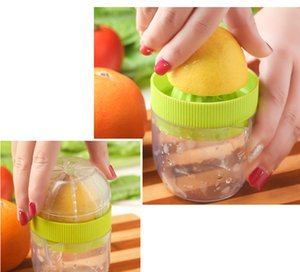 Lemon Juicer Juicer orange Squeezers Mini Creative Cup échelle Band main multifonctions de cuisine Fruits Outils de légumes YYA56