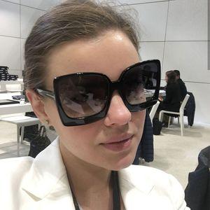 Büyük Çerçeve Güneş Kadınlar Reçine Renkli Kare Gözlük Seyahat Açık Sokak Yendi Kadın Güneş Gözlükleri tasarımcı güneş gözlüğü
