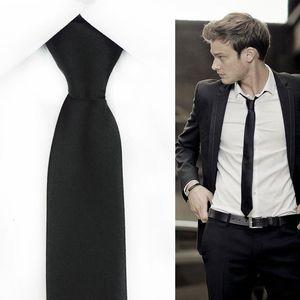 Schlank Grenzen Black Zipper-Krawatte für Männer 5cm beiläufigen Pfeil dünner rote Krawatte Mode Mann Zubehör für Krawatten der Männer