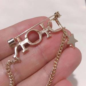 Marca Lettere Spilla Pins all'ingrosso dell'annata con il bollo di bronzo stella nappa Badge Spille Completi donna perni del risvolto Gioielleria
