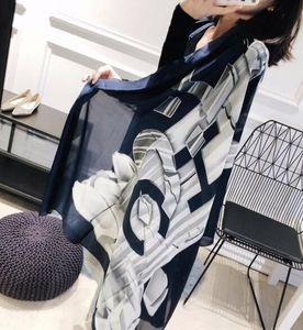 2018, a mais recente nova seda simulação, pequenos cachecóis, lenços das senhoras, amantes de cabelo, toalha, presentes de aniversário frete grátis