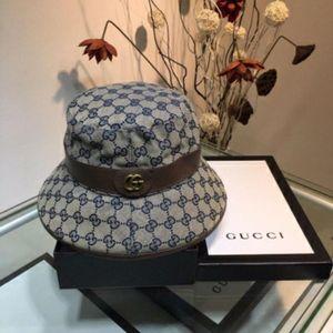 Ранняя весна 2020 рыбацкая шляпа классический модный бренд буквы рыбацкая шляпа крышка бассейна повседневная Джокер дамы выходят простая шляпа солнца N01