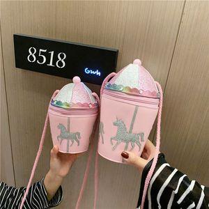 Новый прекрасный ребёнки Pink Портмоне Carousel Родитель-ребенок Crossbody сумка моды Маленькая принцесса Дети Аксессуары Малый кошелек