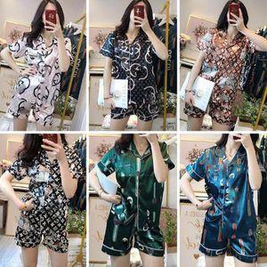 Luxus-Brief-Druck-Frauen Silk Pyjamas Sexy Kurzarmhemd Nachtwäsche-Frauen-beiläufige Pijama Heim Kleidung 2 Stück Anzüge 6 Stil