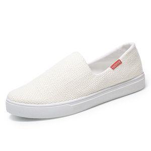 Chaussures de sport pour hommes Léger Slip on Male Chaussures de marche plates en plein air Printemps Eté Homme Mode Espadrilles de Chanvre Espadrilles Hommes