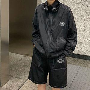2020Spring Ve Yaz Yeni Gençlik Popüler Erkek Ceket Şort Seti Moda Casual Gevşek Standı Yaka İki parçalı Seti Siyah / Haki / Gri