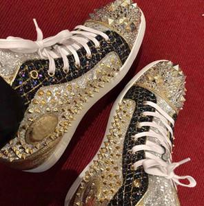 Famous Gold Cuir brillant Spikes Sneakers de fond rouge Hommes Femmes High Top Mariage de Prestige Numéro de mariage Limited Skateborad Boîte à pied, eu35-47
