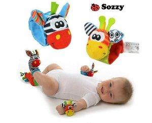 아름 다운 Sozzy 아기 유아 장난감 소프트 핸드벨 손 손목 스트랩 딸랑이 동물 양말 발 줍는 인형 장난감 크리스마스 선물