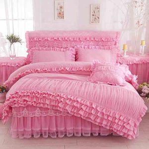Pink Princess Lace Постельные принадлежности Комплекты Queen King Мягкая кровать юбка оборками Сплошной цвет Пододеяльник Простыня Наволочки 4шт Bed Set Home Textile