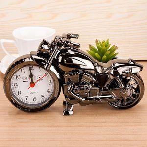 Modelo de la motocicleta de alarma relojes de alarma de la motocicleta relojes de la decoración del hogar Reloj despertador Super Cool creativo Recuerdos Retro Decoración aC BH0730