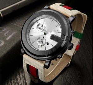 최고 브랜드의 새로운 럭셔리 다이아몬드 커플은 남자의 스테인레스 스틸 방수 석영 패션 여성 스트라이프 캔버스 시계 시계 시계