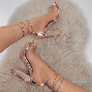 Горячие Продажа-Женщины насосы Мода Высокие каблуки Классические женские туфли лодыжки ремень Насосы Увеличители коготь прозрачный chaussure Женщины каблуки