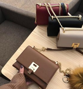 High-quality fashion Leather Shoulder Bag High Quality Female Purse Messenger bag Shopping Bag Factory Wholesale Women's Shopping wallets 20