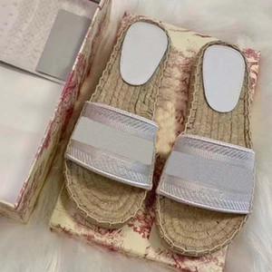Высокое качество женские Роскошные дизайнерские слайды сандалии на платформе вышивка письмо дизайнерские шлепанцы Pantoufle слайды плоские пляжные повседневные туфли