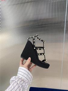 perçin deri ile 2020 Klasik Kadınlar Kama Sandalet, son Yüksek Topuklar dolgu ayakkabı Kadın Sandalet Yaz Kadınlar ile kutu için