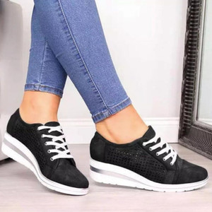 Las mujeres atan para arriba los zapatos de diseño bajo las zapatillas de deporte que andan en monopatín formadores ocasionales de la vendimia de corte clásico Zapatos de plataforma Aumento de la zapatilla de deporte deportes internos